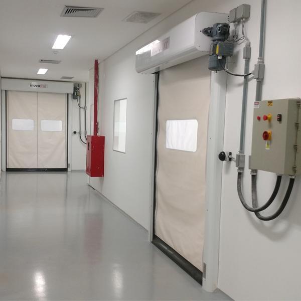 Portas Rápidas de Enrolar Inovadoor Modelo 601 Isofood